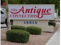 More details :  Antique Connection Mall